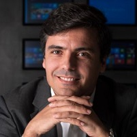 Paulo Mena