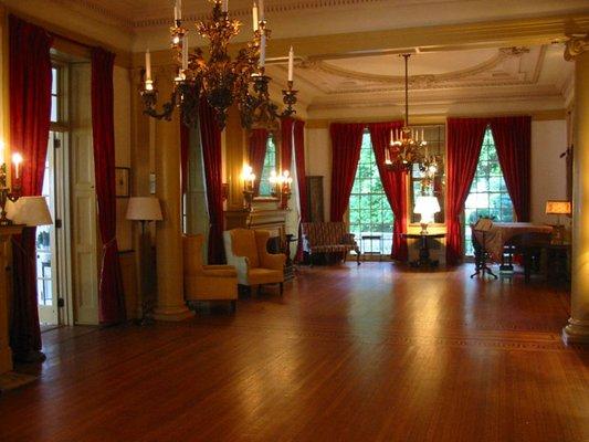 piano room in glen foerd
