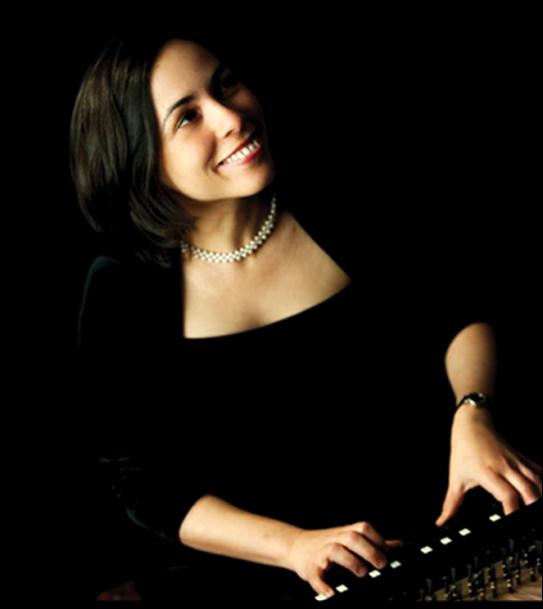 Eralys Fernandez (Piano)