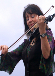 Claire Murdoch with Fiddle