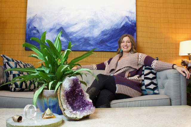 lesley glenner at Holobeing a shesays boulder speaker