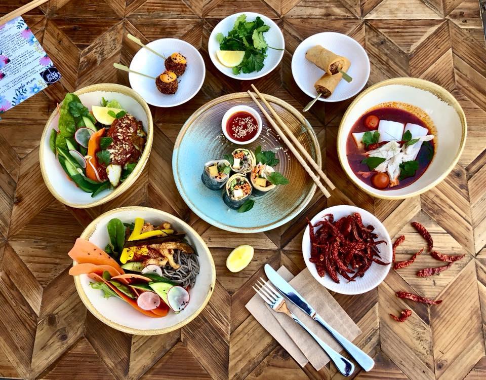 Bang Tang feast