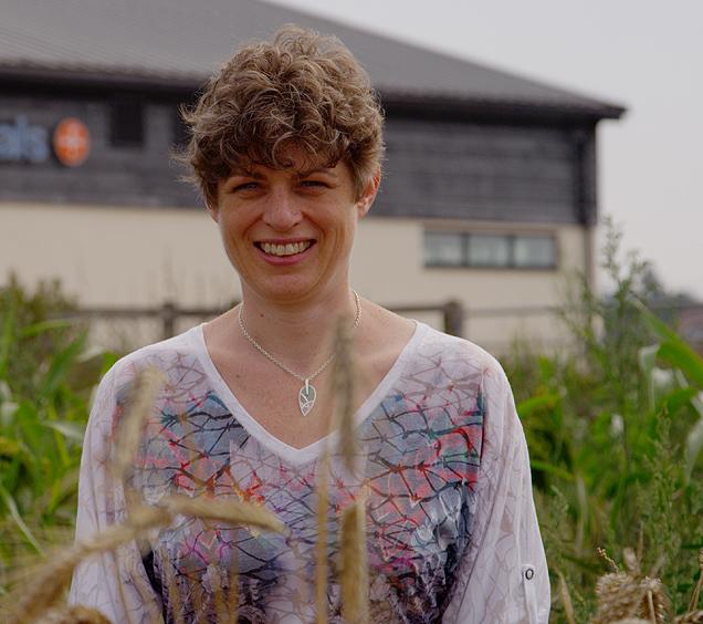 Clare Rusbridge