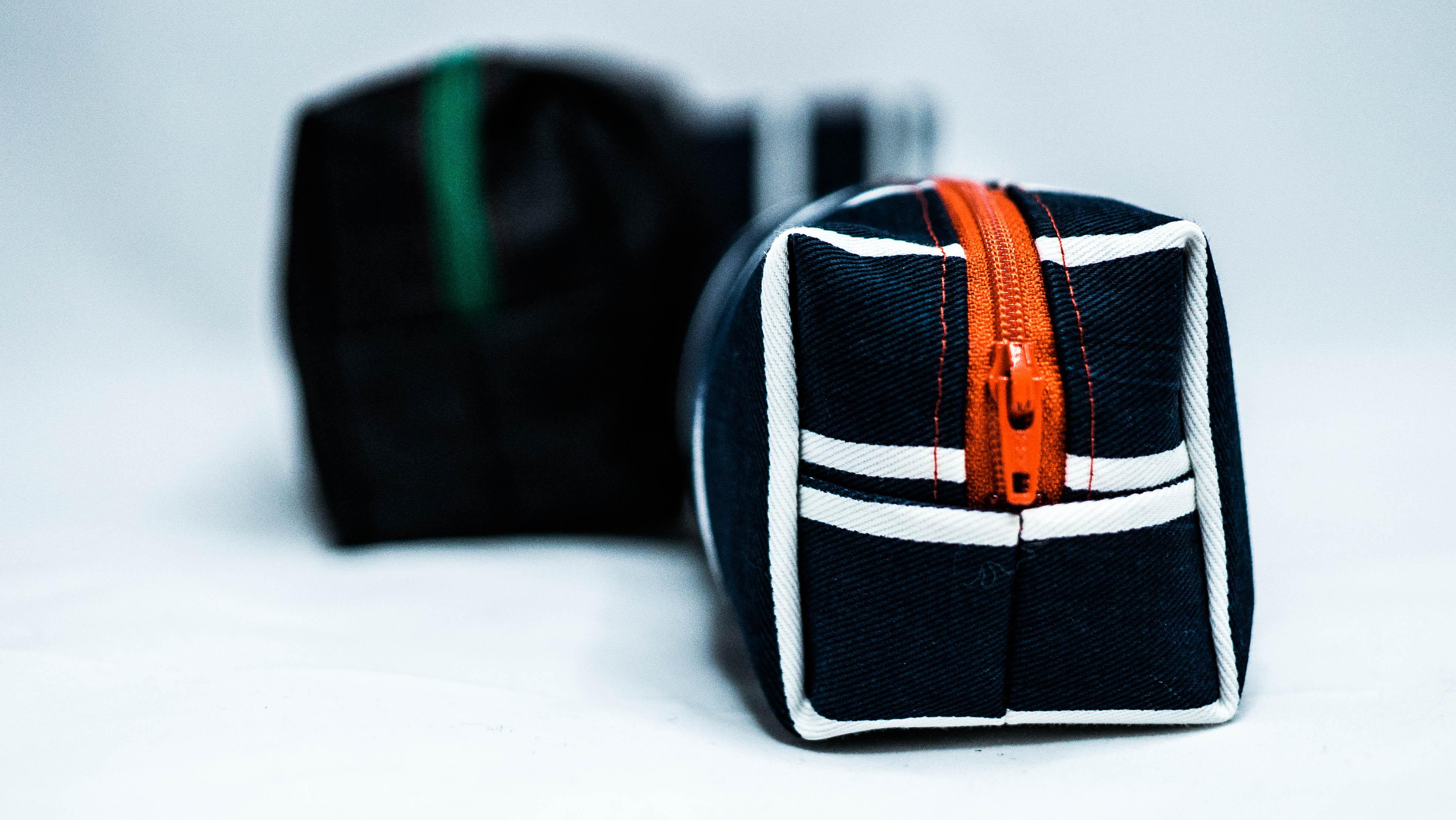Boxy zip bag