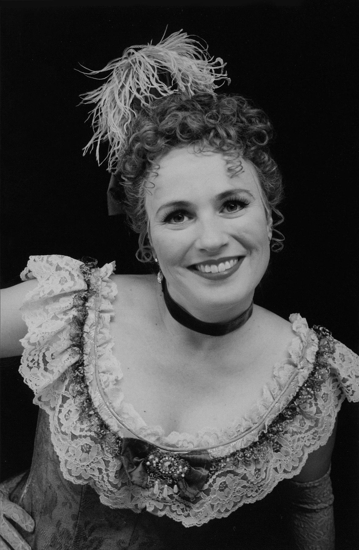 Elisabeth Rom Lucio