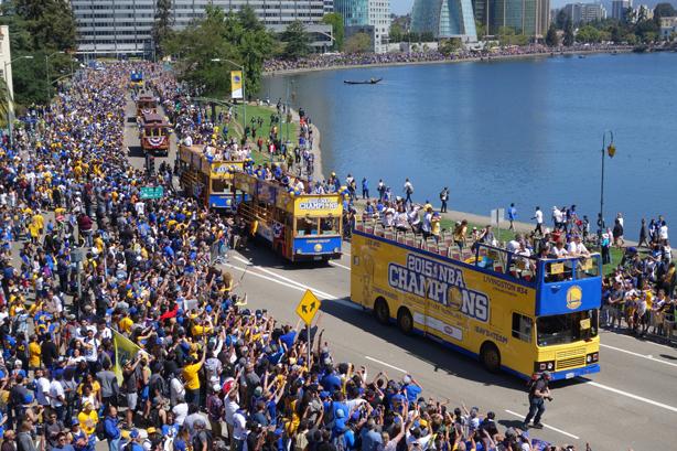 2015 Warriors Parade View