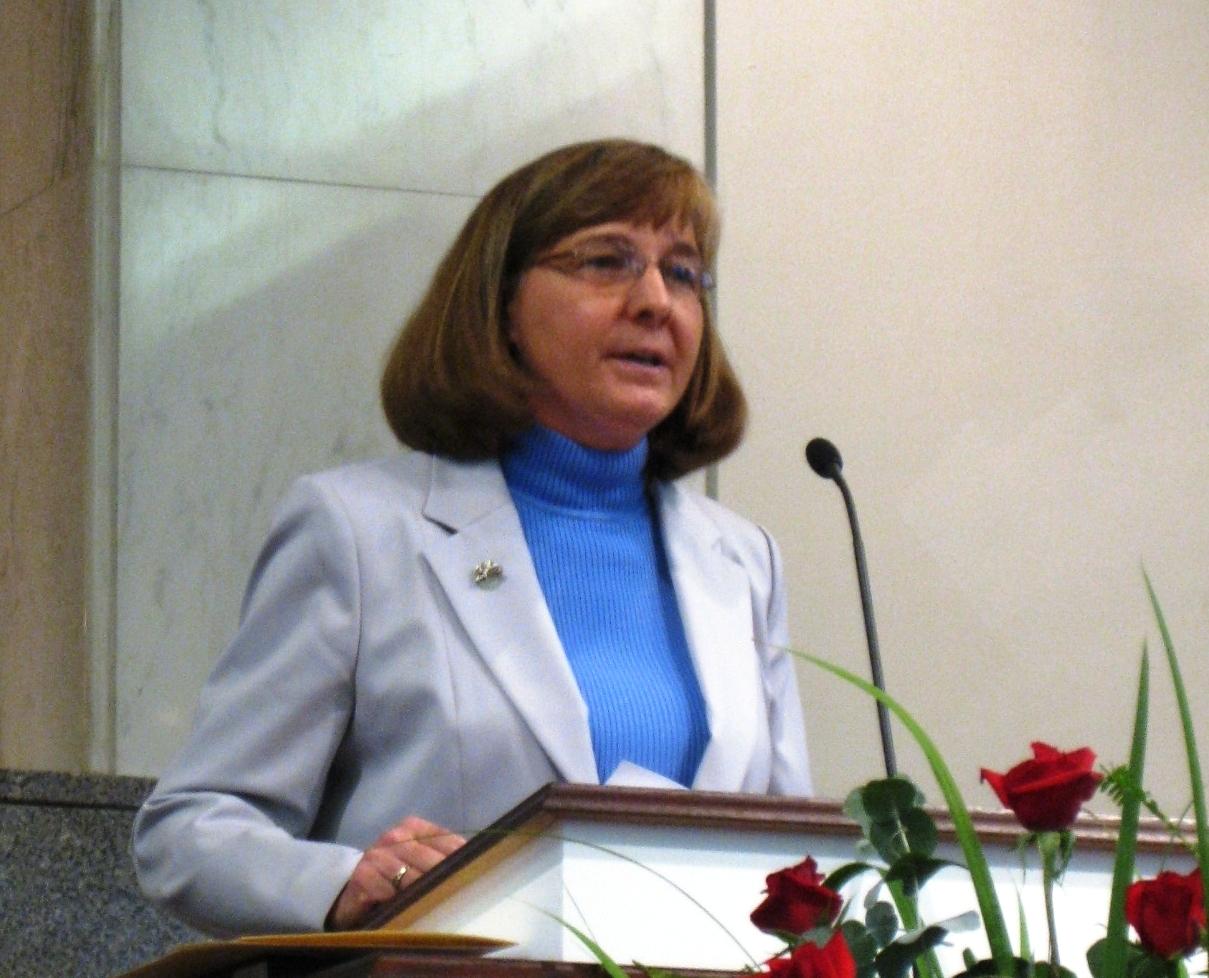 Nancy L. deClaisse-Walford