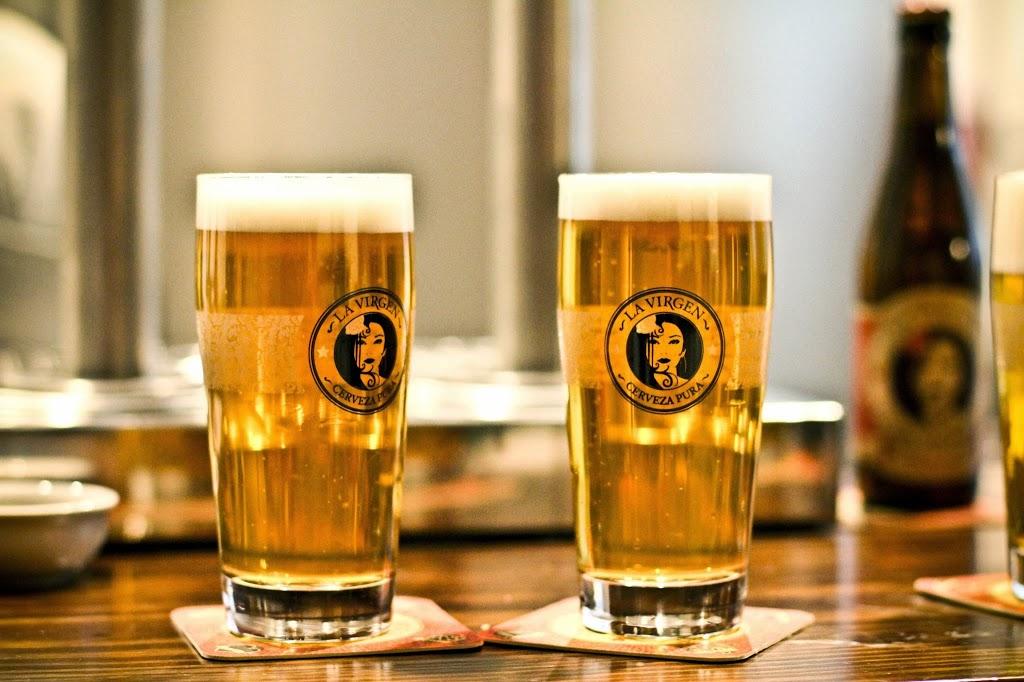 un par de cervecitas, buenas... buenas!
