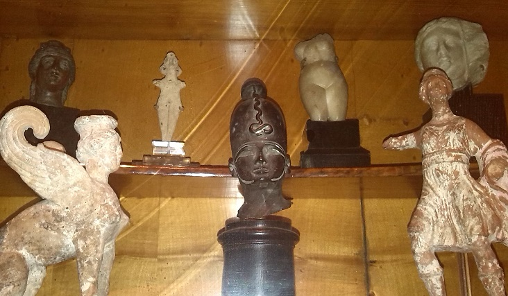 Artifacts from Freud Museum collection