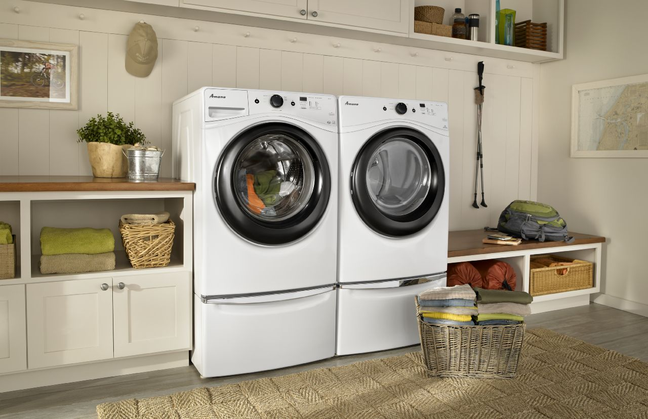 An extremely efficient washer/dryer pair from Amana
