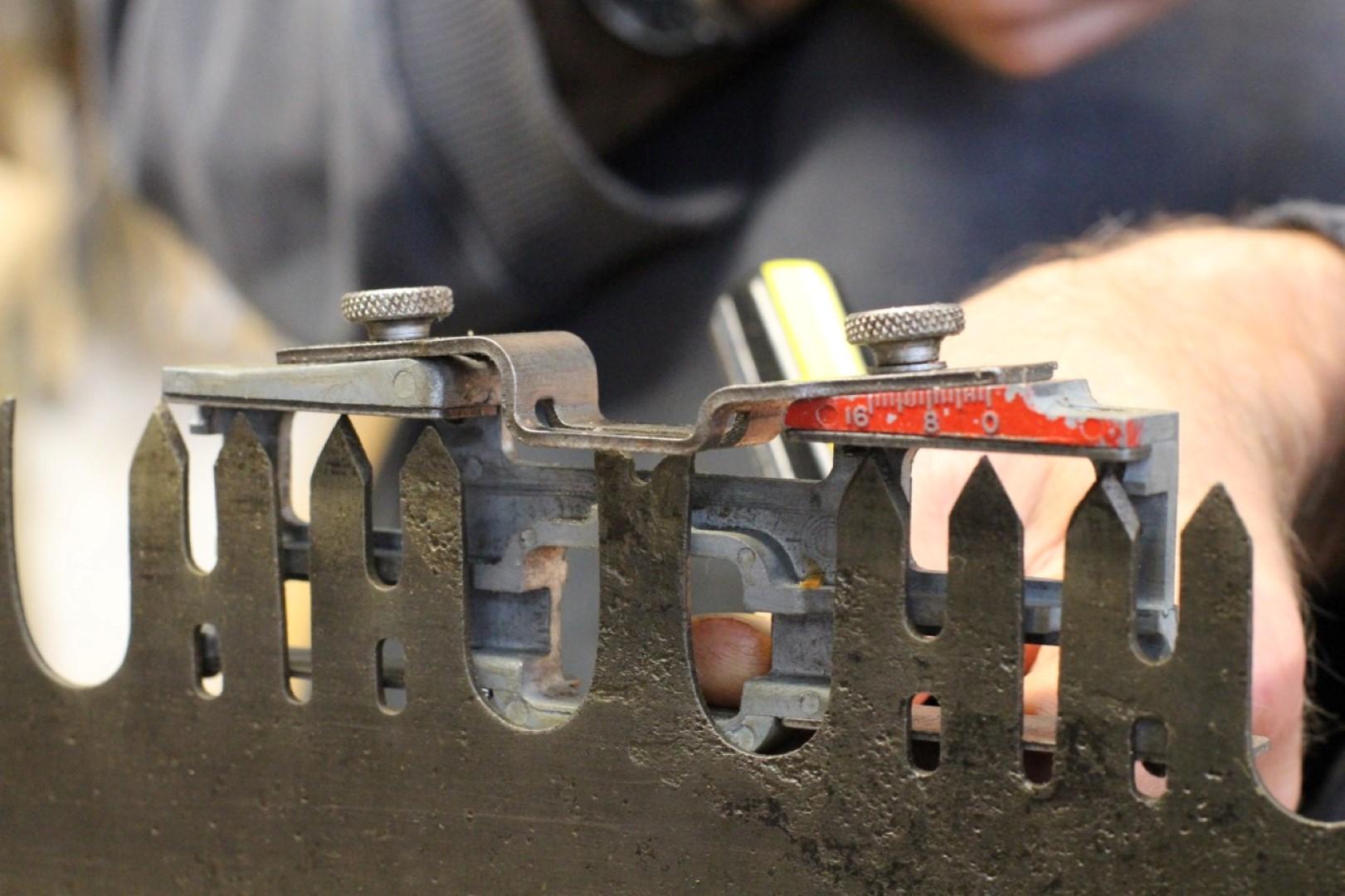 raker gauge at work