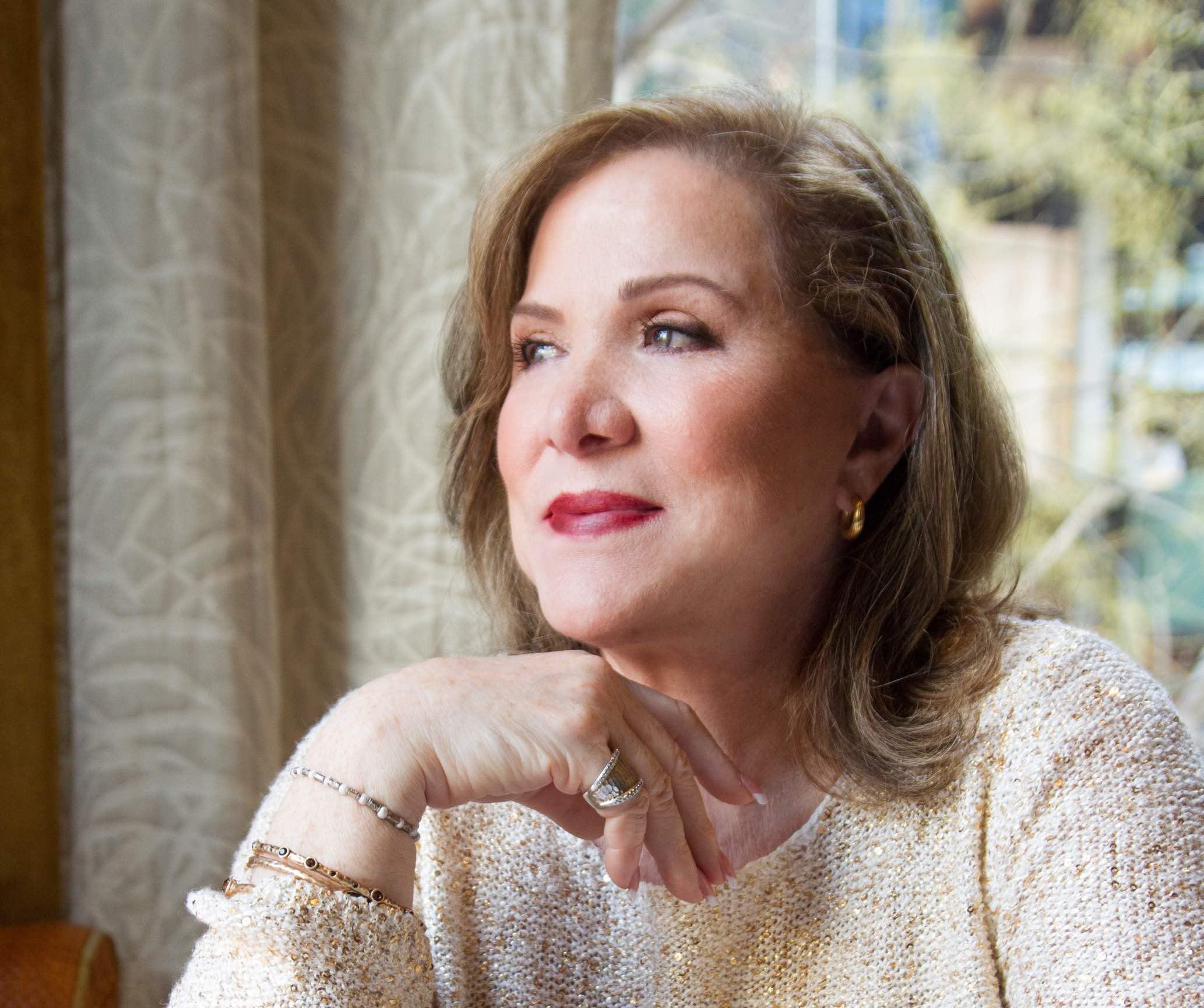 Dra. Isabel Gómez-Bassols