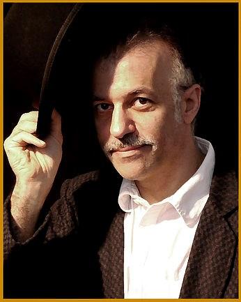 Magician Michael Cantori