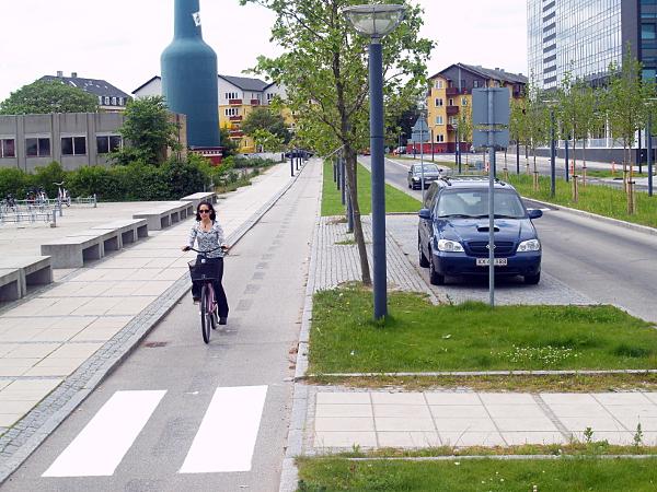 protected bikeway in Copenhagen