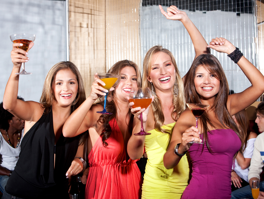 girls and ladies nights out limo party Sacramento specials 199.