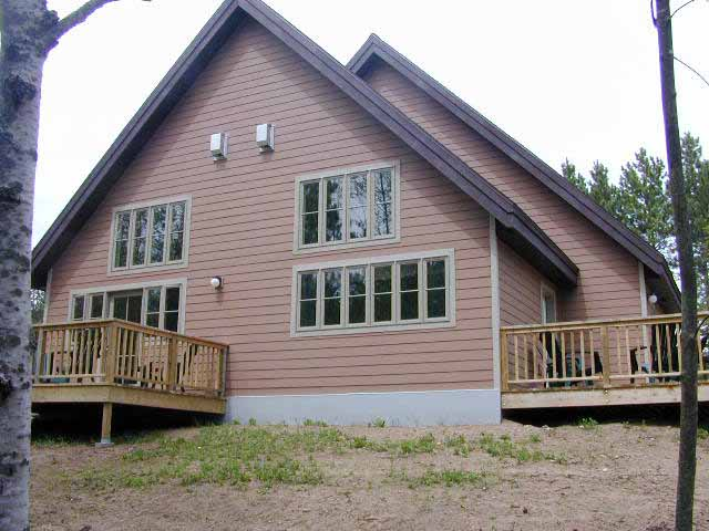 Treehaven White Pine Lodge