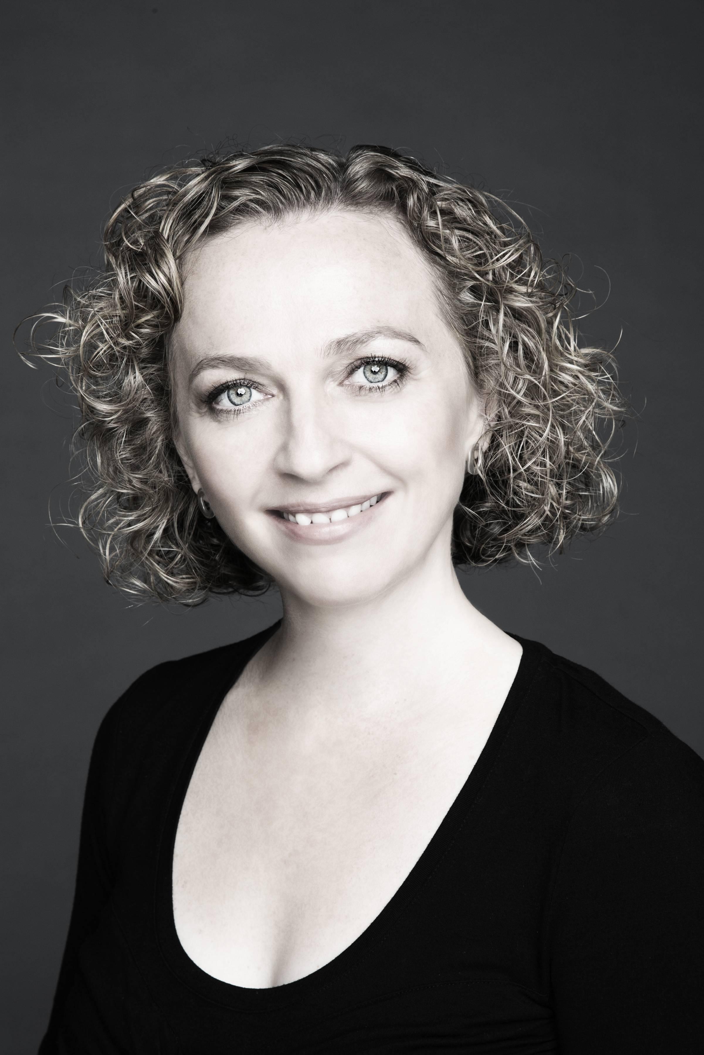 Deirdre Moynihan - soprano
