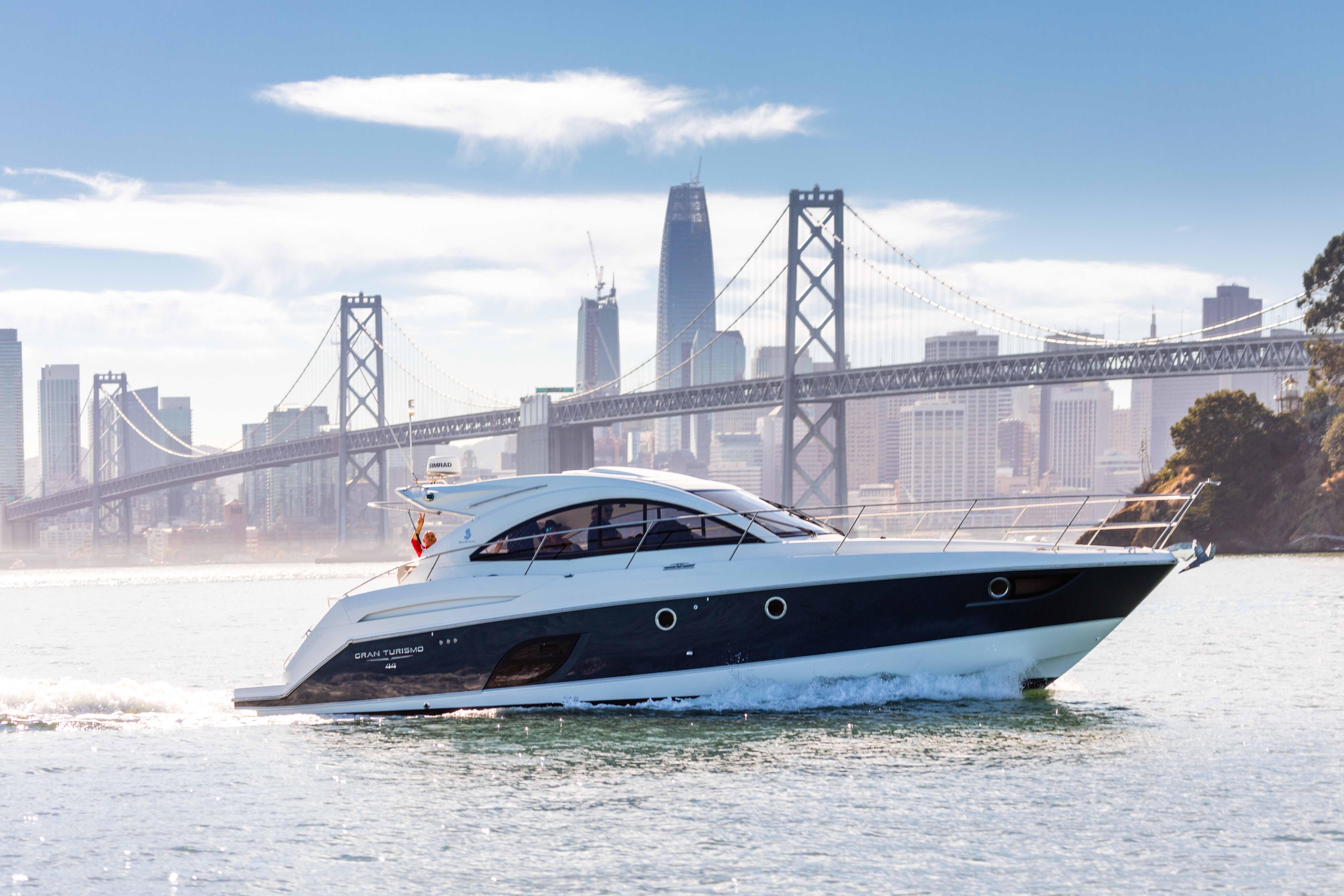 Gran Turismo 44 Powerboat