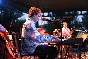 Top Jazz Artist Rick DellaRatta returns to Pasadena to...