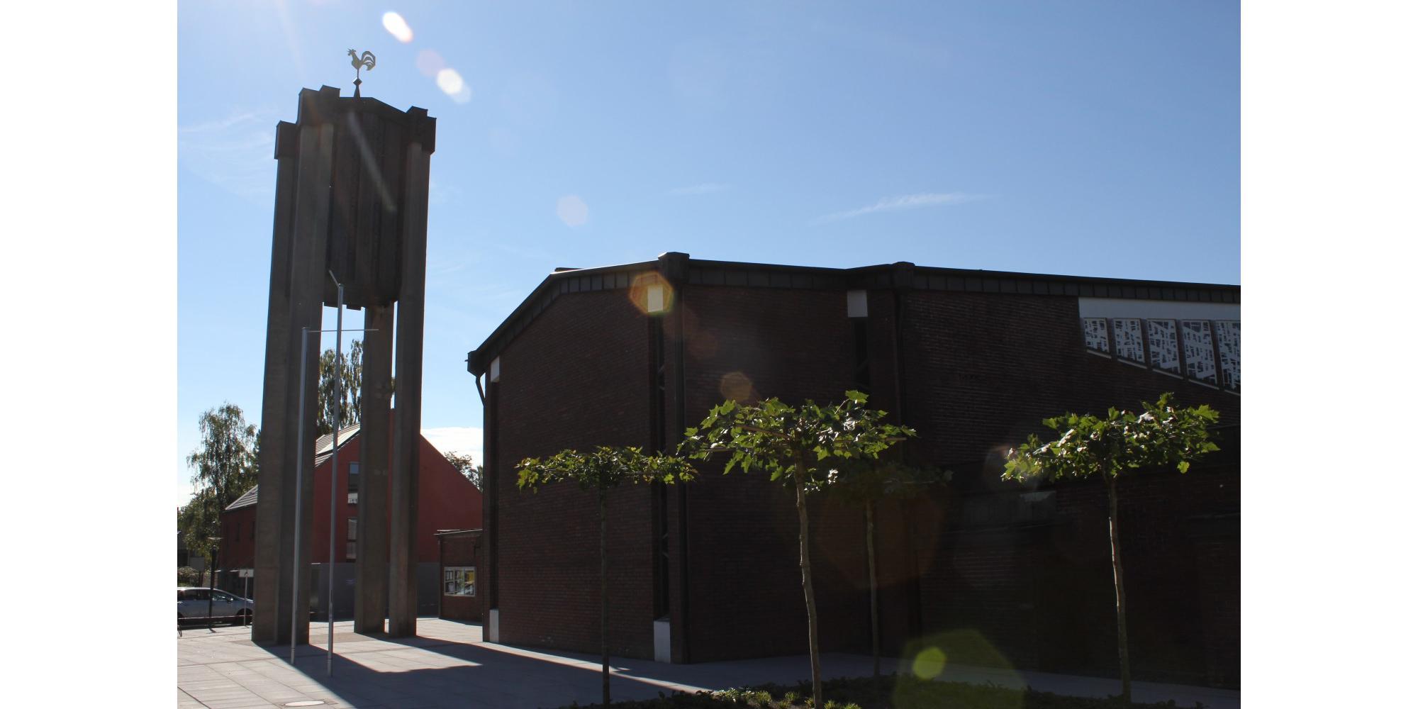 Hl. Messe in St. Suitbertus Ratingen zu FRONLEICHNAM