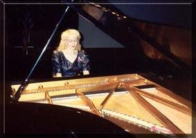 Performing Arts Series presents: Acclaimed Pianist...