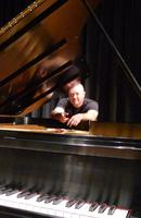 THOLLEM McDONAS - Paripetetic Pianist