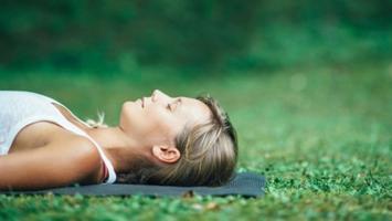 Yoga Nidra al tramonto
