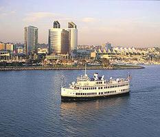 Harbor Cruise Tour Dinner Dance