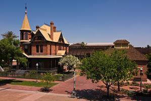 Historic Heritage Square: Antique Show and Appraisal...