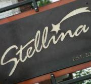 Traveling Table: Stellina