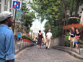 Best of Montmartre food tour