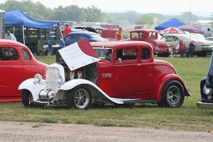 Vehicle Registration: Hot Summer Nites Rod Run