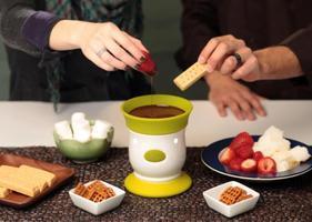 """Chocolate Fondue """"Sip & Dip"""" Mixer"""