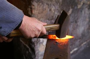 Blacksmithing with the Gas Forge