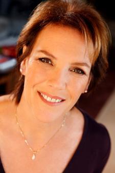 Julie Orlov, Relationship Builder logo