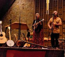 'Four Shillings Short' Free Concert at Yew Dell Gardens