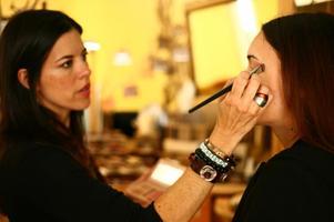 Be Beautiful Makeup School