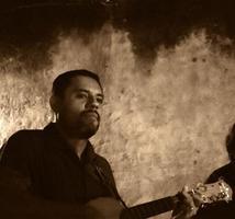Andrés Flores Rosas: A Sonear La Madrugada