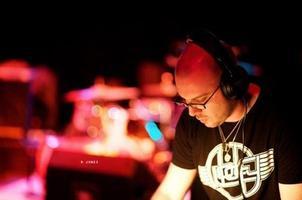 DJ 4AM @ SIP