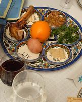 Temple Sinai's Annual Community Seder