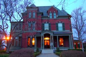 Dining at the Mansions in Old Louisville