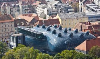 Graz Slow Art Day - Kunsthaus Graz, Universalmuseum...