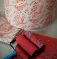 How to use Patterned Paint Rollers and Make a Lampshape...