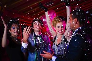 New Year's Eve LARGEST Singles Party (Open Bar, Apps,...