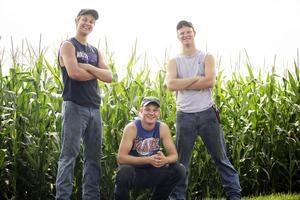Peterson Farm Tours: 2015