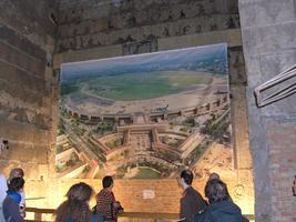 Mythos Tempelhof Führung durch das historische...