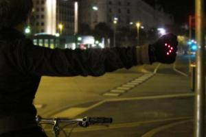 Light up your ride – cycling fashion at the Makerspace