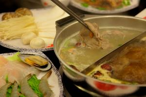 TAP-Chicago Goes to Hotpot
