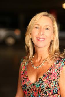 Cindy Rhodehamel, Diamond Director/Independent Stella & Dot Stylist logo