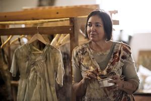 "Artist India Flint teaches ""Beginning From Basics Dye..."